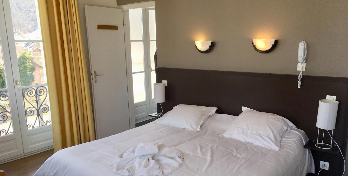 H tel restaurant aquitaine chambre simple nn for Chambre simple